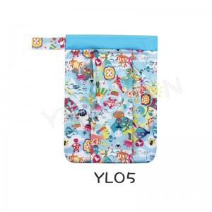 YIFASHION BABY 1pc Reusable Hanging Wet Dry Cloth Diaper Bag YL05